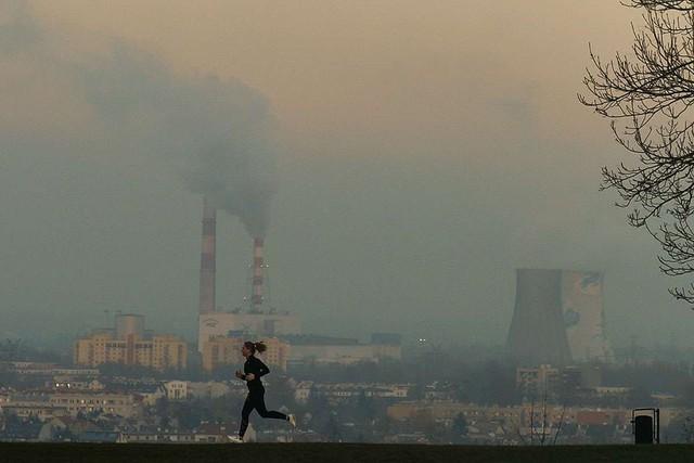 Không hút thuốc, bạn vẫn có nguy cơ cao mắc ung thư phổi: Thủ phạm là thứ chúng ta đang tiếp xúc từng ngày từng giờ! - Ảnh 3.