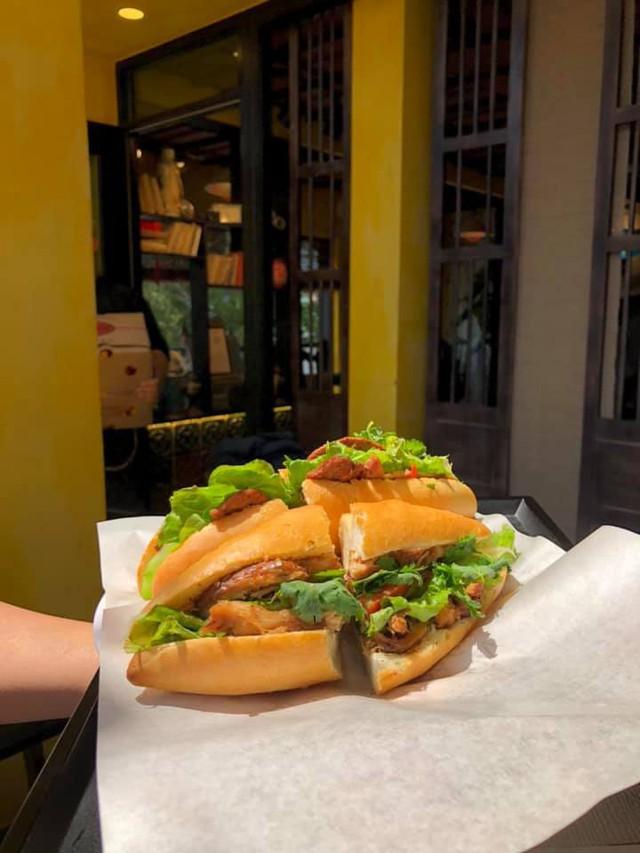 Bánh mì Phượng trên đất Hàn: Người Việt đã thử và hương vị đạt chuẩn tới 90% - Ảnh 1.