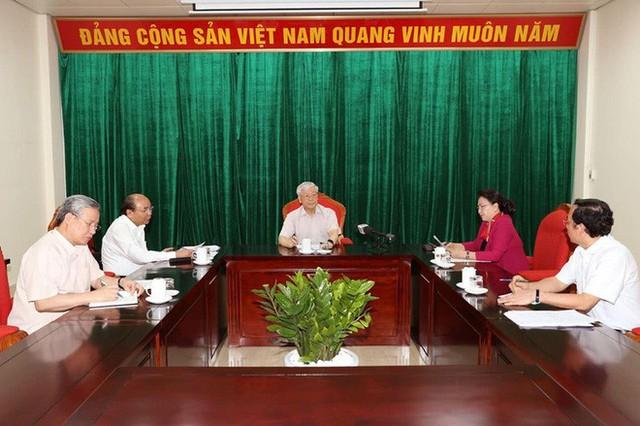 Tổng Bí thư, Chủ tịch nước Nguyễn Phú Trọng: Phải làm tiếp một vài vụ cho ra vụ - Ảnh 1.