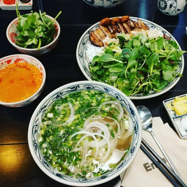 Emời: Quán phở Việt trên đất Hàn với hơn 100 chi nhánh trải dài xứ sở kim chi, được phim truyền hình nổi tiếng lăng xê - Ảnh 8.