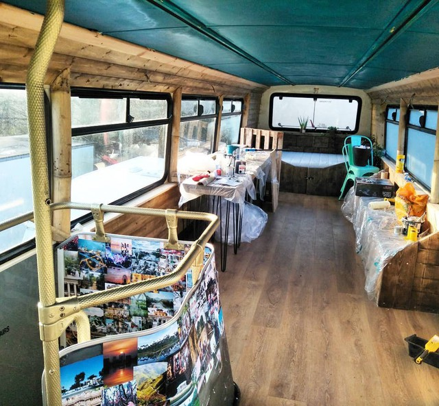 Hà Nội 75 - tiệm bánh mì trên chiếc xe buýt 2 tầng của cô gái Anh xinh đẹp phải lòng ẩm thực đường phố Việt Nam - Ảnh 20.