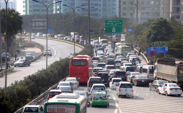 Chủ tịch Hà Nội: Nối đường 70 đến cao tốc Pháp Vân để giảm ùn tắc - Ảnh 1.