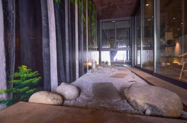 Căn nhà gỗ giữa rừng Bắc Âu ở Hà Nội đốn tim khách khó tính - Ảnh 7.