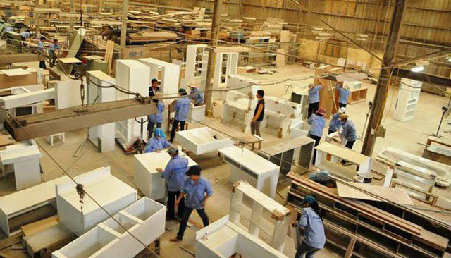 Vì sao Việt Nam lại là lựa chọn của các nhà máy sản xuất dịch chuyển từ Trung Quốc? - Ảnh 1.