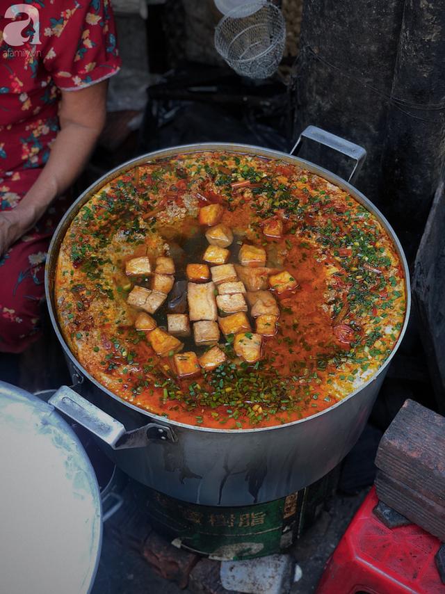 Quán ăn nhỏ hơn 40 năm tuổi góp phần làm nên văn hóa ẩm thực hẻm Sài Gòn: 7 ngày bán 7 món khác nhau, tuyệt hảo nhất chính là món chay - Ảnh 6.