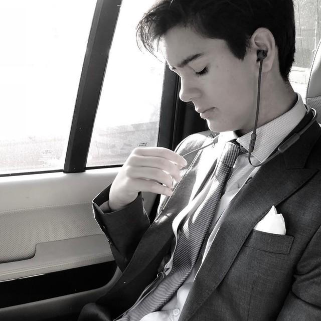 CEO trẻ nhất nước Anh: Sinh năm 2005, sở hữu combo đẹp trai và tài năng khiến người khác ngưỡng mộ hết nấc - Ảnh 9.