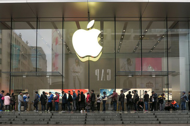 Mỹ cấm cửa Huawei thì Apple cũng chẳng vui vẻ gì, đây mới là hãng smartphone mừng vui nhất - Ảnh 1.