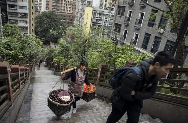 Thảm cảnh của giới doanh nhân Trung Quốc: Là triệu phú nhưng chỉ thấy mình như một công dân hạng hai - Ảnh 3.