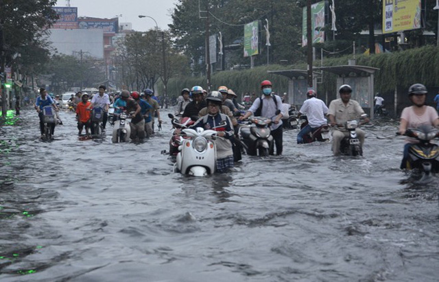 Không phải ô nhiễm không khí, đây mới là tác động đe dọa Hà Nội và TP.HCM nhất từ biến đổi khí hậu - Ảnh 2.
