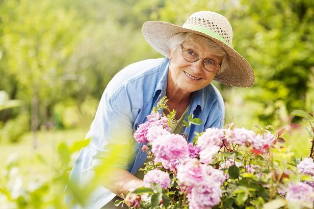 Gừng càng già càng cay, người càng từng trải càng khôn ngoan: 9 bài học vô giá về cuộc sống được đúc kết từ kinh nghiệm của các lão nhân 100 tuổi - Ảnh 2.