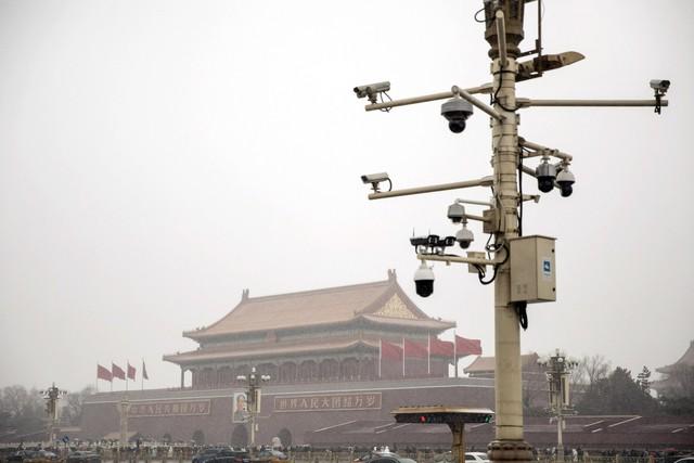 Sau Huawei, Mỹ cân nhắc trừng phạt thêm 5 công ty công nghệ của Trung Quốc - Ảnh 1.