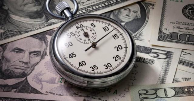Người giàu khẳng định: Bán sức khỏe và thời gian để lấy tiền, đấy là hành vi của kẻ nghèo khó, chúng tôi có cách khác để tạo ra giá trị nhanh hơn - Ảnh 2.