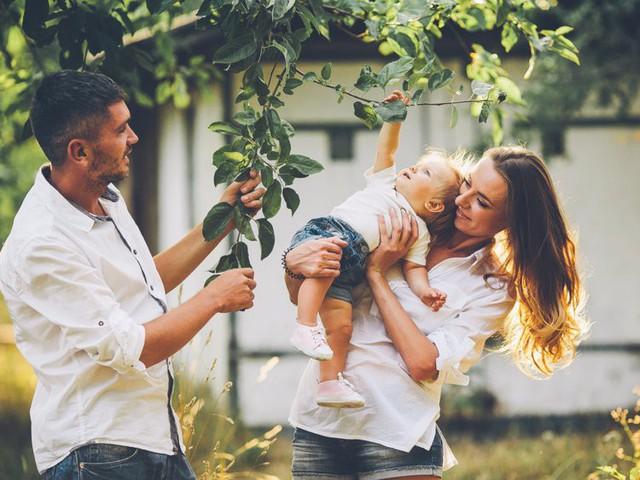 8 sai lầm cố hữu vợ chồng nào cũng mắc phải khiến cơm không lành, canh chẳng ngọt: Đừng biến hôn nhân thành nấm mồ của tình yêu - Ảnh 6.