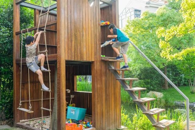 Mong muốn con sống một đời bình an, người mẹ trẻ rời thành phố về ngoại ô xây nhà vườn rộng 1000m² với bể bơi và cây xanh đẹp như mơ  - Ảnh 11.