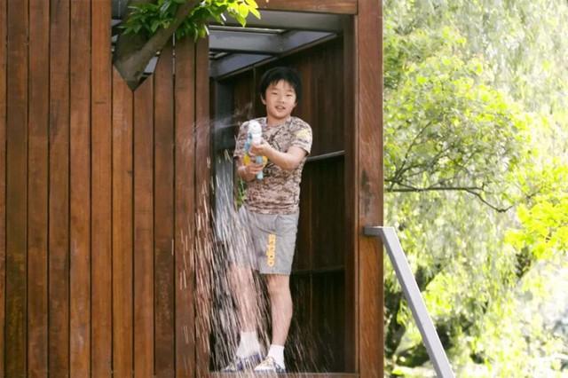 Mong muốn con sống một đời bình an, người mẹ trẻ rời thành phố về ngoại ô xây nhà vườn rộng 1000m² với bể bơi và cây xanh đẹp như mơ  - Ảnh 15.