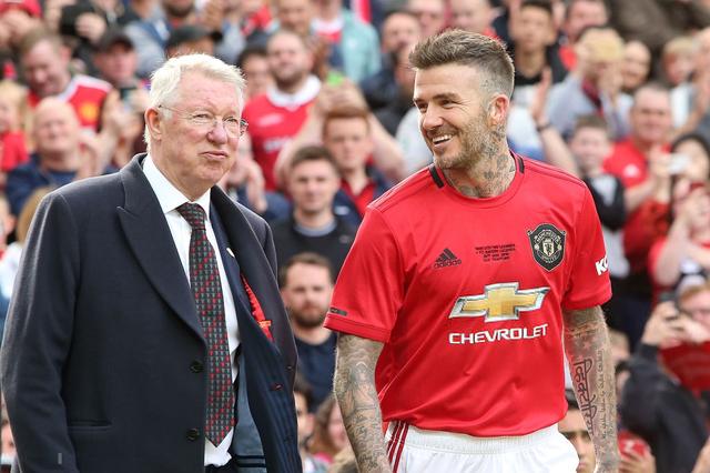 Ngất ngây trước những hình ảnh đẹp long lanh của Beckham trong ngày mặc lại bộ áo đấu MU, tái hiện ký ức thanh xuân tươi đẹp của hàng chục triệu người hâm mộ - Ảnh 5.
