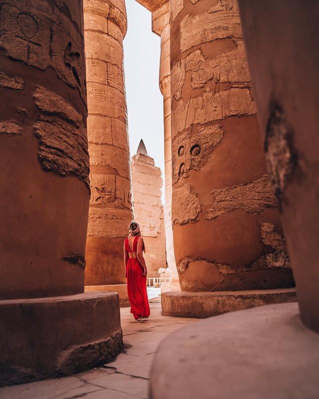 Đền Karnak: Bảo tàng ngoài trời lớn nhất thế giới, khiến giới blogger du lịch mê mẩn khi đặt chân đến Ai Cập - Ảnh 7.