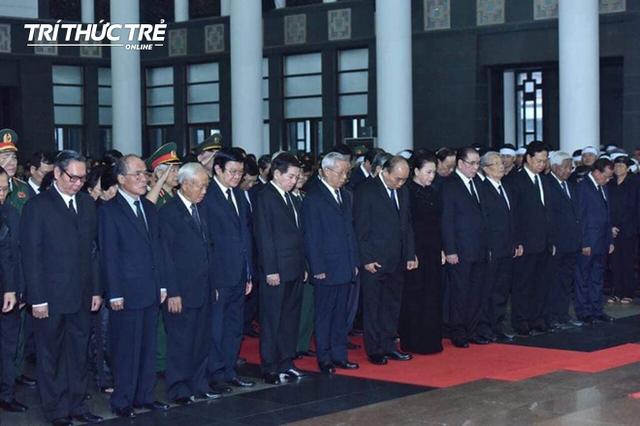 Lễ viếng cố Chủ tịch nước Lê Đức Anh - Ảnh 7.