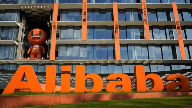 Chiến tranh thương mại đang khiến lĩnh vực kinh doanh toàn cầu biến chuyển như thế nào? Hãy nhìn vào Alibaba! - Ảnh 1.