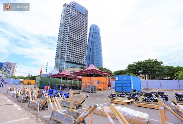 Ảnh: Xâm nhập trận địa pháo hoa khủng trước giờ khai hỏa DIFF 2019 ở Đà Nẵng - Ảnh 6.