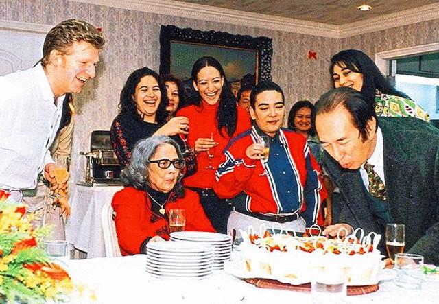 Người vợ giúp Hà Hồng Sân gây dựng đế chế casino: Hết lòng để bị phụ bạc, con trai tử vong vì tai nạn, con gái điên loạn - Ảnh 12.