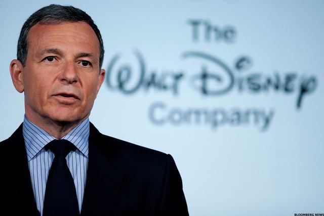 Sự thành công của loạt phim siêu anh hùng và công cuộc tái thiết đế chế giải trí truyền thông hàng đầu thế giới Disney của vị CEO khiến tỷ phú Jeff Bezos cũng ngưỡng mộ - Ảnh 3.