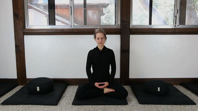Khám phá lợi ích của 7 phương pháp thiền phổ biến nhất: Chọn đúng cách sẽ giúp tâm thêm tĩnh tại, sức khỏe không ngừng đi lên! - Ảnh 6.