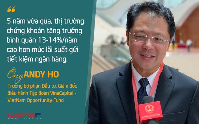 Giám đốc đầu tư VinaCapital: Nếu có 100 USD tiền tiết kiệm, bạn có thể trích một phần để đầu tư trái phiếu, cổ phiếu nhằm đa dạng hoá tài sản - Ảnh 1.