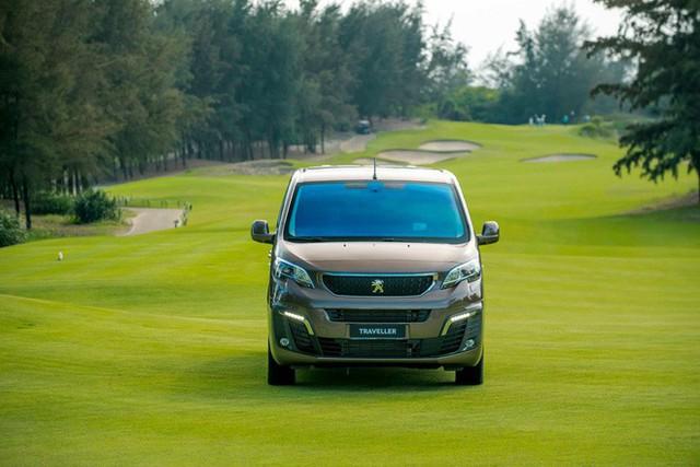 Xuất xưởng Peugeot Traveller lắp ráp Việt Nam giá gần 1,7 tỷ đồng: Tham vọng mới của THACO - Ảnh 7.