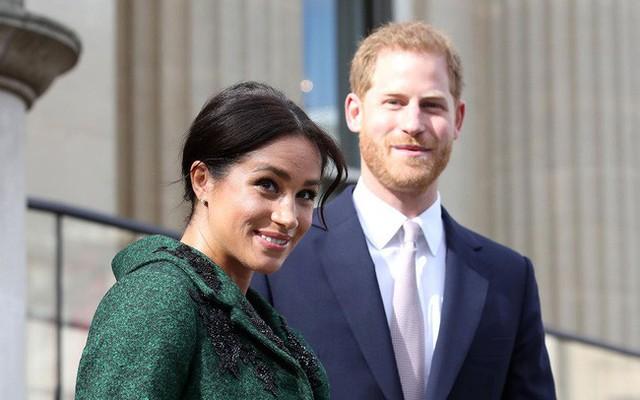 Vừa mới chào đời, con đầu lòng của Meghan đã làm nên lịch sử của Hoàng gia Anh, nổi bật nhất từ trước đến nay - Ảnh 1.