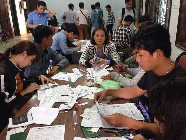 Vì sao Hàn Quốc dừng tuyển lao động tại 11 tỉnh, thành VN? - Ảnh 1.