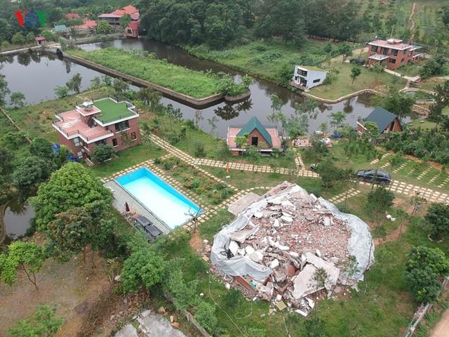 Hà Nội tiếp tục cưỡng chế công trình vi phạm trên đất rừng Sóc Sơn - Ảnh 6.