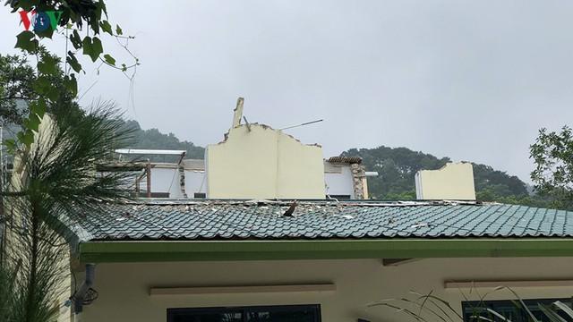 Hà Nội tiếp tục cưỡng chế công trình vi phạm trên đất rừng Sóc Sơn - Ảnh 9.