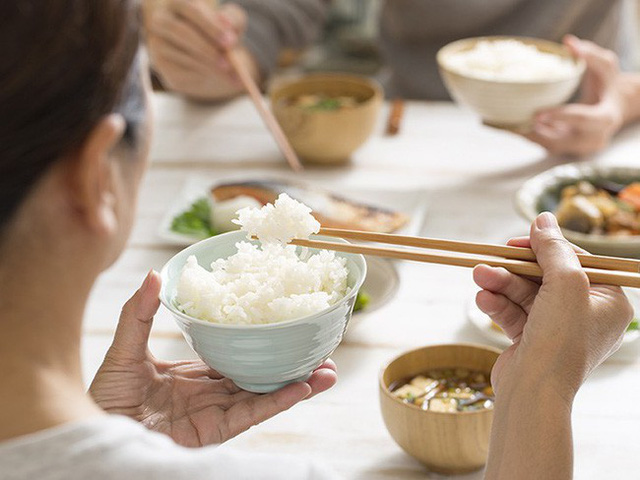 Đây là lý do phụ nữ Nhật cứ trẻ mãi lâu già, lại không bị béo: Hóa ra cũng đơn giản và dễ học theo vô cùng - Ảnh 7.
