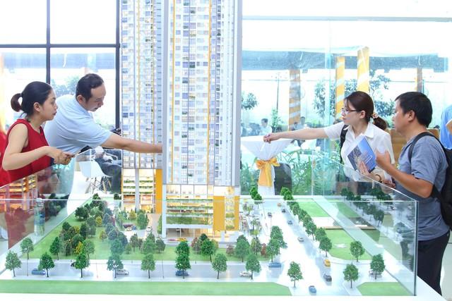 Giá căn hộ trên dưới 2 tỷ đồng trên thị trường thứ cấp tại TP.HCM có xu hướng tăng, dự án sắp giao nhà hút người mua - Ảnh 1.