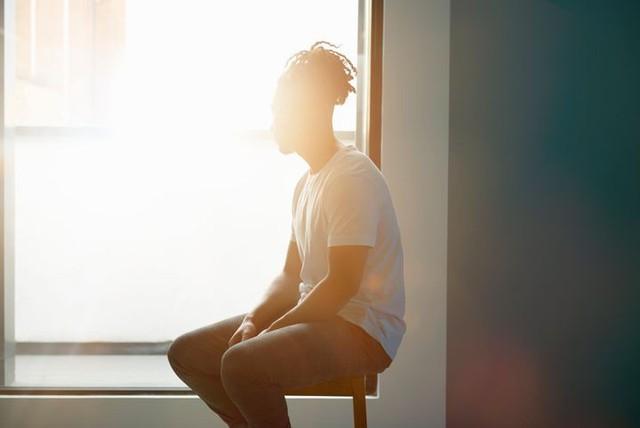 """Sáng mở mắt ra đã thấy sợ hãi về tương lai phía trước: Bỏ túi ngay 12 lời khuyên này để tạm biệt mọi lo âu, căng thẳng đang """"ăn mòn"""" bạn mỗi ngày - Ảnh 3."""