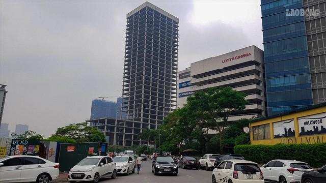 Cận cảnh tòa tháp 2700 tỉ bỏ hoang nhiều năm vừa được Vicem xin bán - Ảnh 1.
