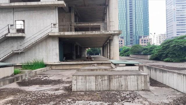 Cận cảnh tòa tháp 2700 tỉ bỏ hoang nhiều năm vừa được Vicem xin bán - Ảnh 5.