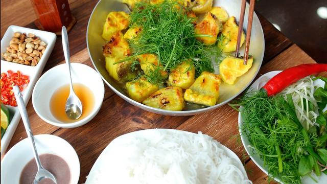 Theo tờ CNN, không chỉ có Phở, đây là 5 món ăn hớp hồn du khách quốc tế khi đặt chân đến Hà Nội - Ảnh 1.
