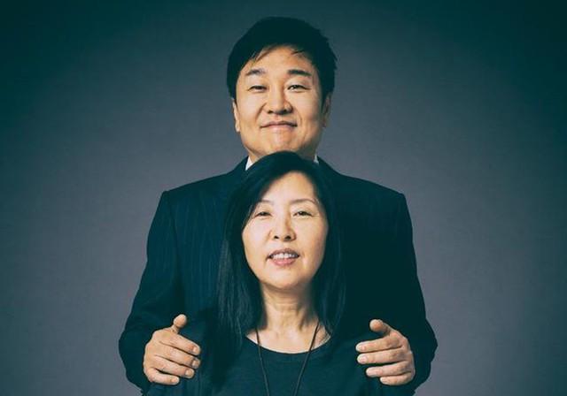 Cùng nhau kinh doanh, các cặp đôi này không những chẳng mâu thuẫn mà còn xây dựng cả đế chế tỷ USD đáng ngưỡng mộ: Thuận vợ thuận chồng, tát biển Đông cũng cạn! - Ảnh 3.