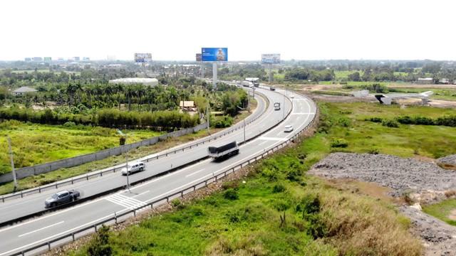 Cao tốc Trung Lương – Mỹ Thuận đang gặp khó nguồn vốn, liệu có thông tuyến vào năm 2020? - Ảnh 1.