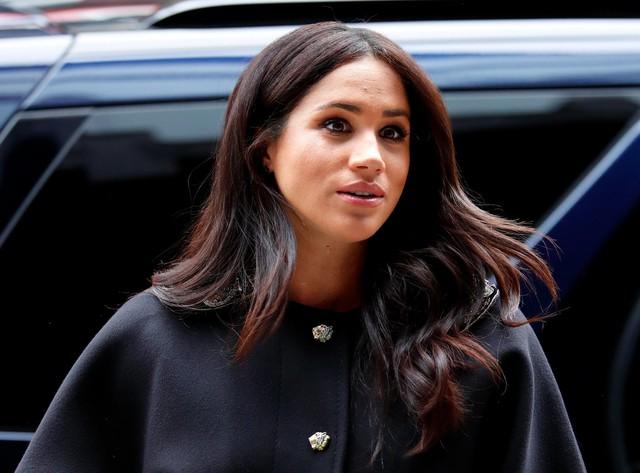 Meghan Markle gây phản ứng trái chiều khi lấn sân sang lĩnh vực mới, không phù hợp với một nàng dâu hoàng gia - Ảnh 2.