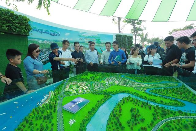 Novaland Expo 2019 hút khách tham quan trong ngày đầu khai mạc - Ảnh 5.
