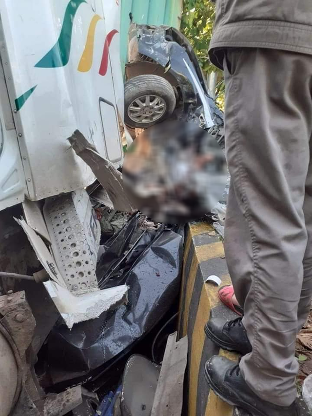 Tai nạn kinh hoàng ở Tây Ninh: Tài xế và 4 người trong một gia đình tử vong - Ảnh 5.