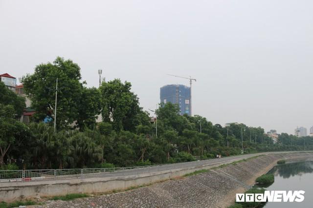 Ảnh: Đường Láng thay đổi bất ngờ, dân Thủ đô cứ ngỡ đang lạc vào đường phố Singapore - Ảnh 15.