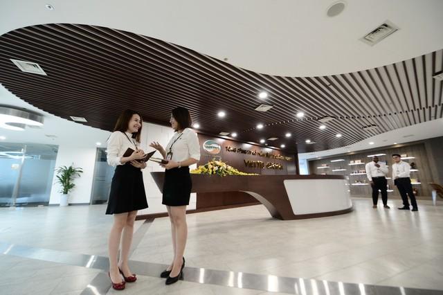 Nhìn từ Vingroup, Viettel để thấy doanh nghiệp Việt đã không còn là cái bóng mờ phía sau những công ty ngoại khổng lồ - Ảnh 2.