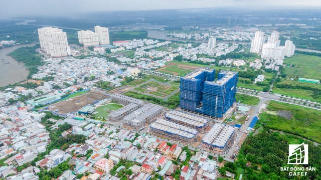 Vụ 110 căn biệt thự xây trái phép ở Quận 7 (TPHCM): Chủ đầu tư nói dự án được miễn giấy phép xây dựng - Ảnh 1.