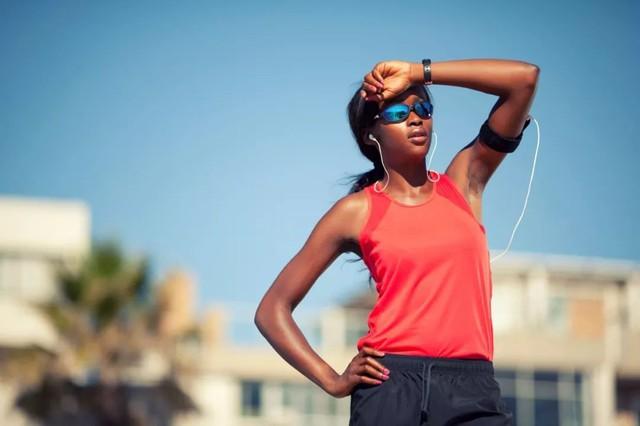 Chuyên gia hướng dẫn tập chạy bộ đúng cách trong những ngày nắng nóng: Bỏ qua những lưu ý này, bạn sẽ sốc nhiệt lúc nào không hay! - Ảnh 1.