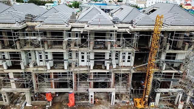 """Dự án của Hưng Lộc Phát liên tục bị """"tuýt còi"""" từ Bình Thuận đến Tp.HCM vì dính pháp lý - Ảnh 1."""