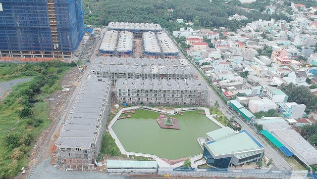 Tân Phó chủ tịch TP.HCM nói về hướng xử lý 110 biệt thự xây không phép của Hưng Lộc Phát - Ảnh 1.